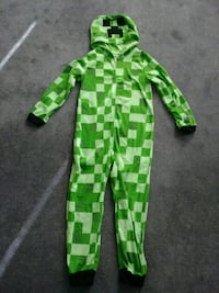 Minecraft creeper boys zip up sleeper size 10/12
