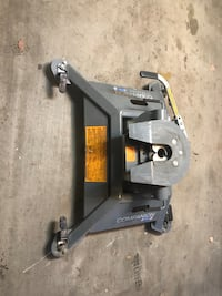 B&W 25000 lbs fifth wheel hitch for Ram 2500 or 3500 hockey puck system. Normal price new this hitch goes for 2500-3000 Alameda, 94501