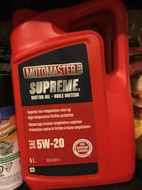 Motomaster car oil Cambridge, N3C 4G7