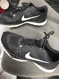 Women's Nike shoes size 10 Lincoln, 68521