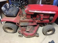 Wheel horse riding mower Woodford, 22580