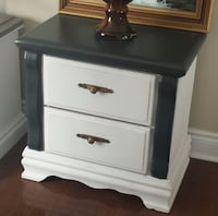 Black and white side table  Lincoln, L0R