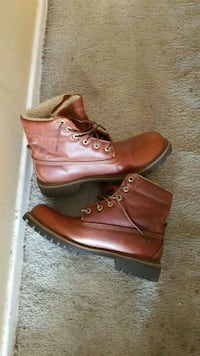 pair of brown leather work boots Pickering, L1V 3E2