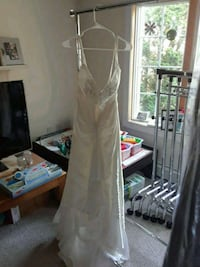 Wedding dress Tony bowls  brand new never worn  Clark, 07066