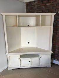 White wooden tv hutch with cabinet New York, 10465