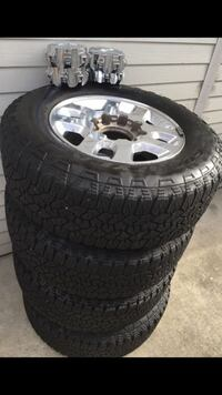 2500hd wheels and tires 18's goodyear Irvine, 92606