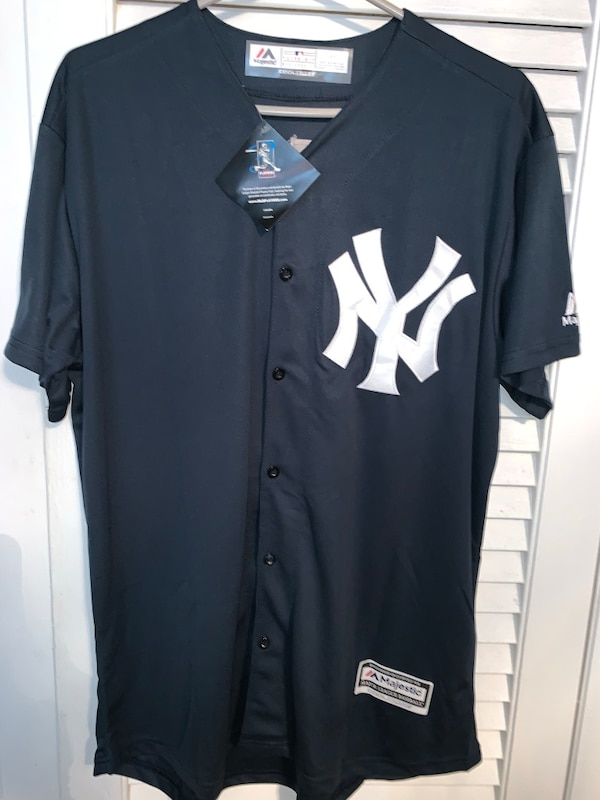 huge discount 3e2d1 4abc2 Majestic NY YANKEES JETER size large jersey