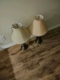 2 bronze table lamps Edmonton, T6W 1N4
