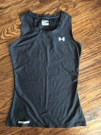 Black Under Armour tank top size small women's Carrollton, 75010
