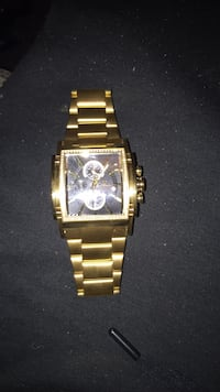 square gold chronograph watch with gold link bracelet Pittsburgh, 15227