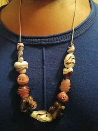 white, brown, and red bed necklace Cleveland, 44119