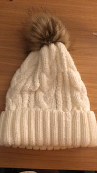 a cute knitted hat Burnaby, V5A