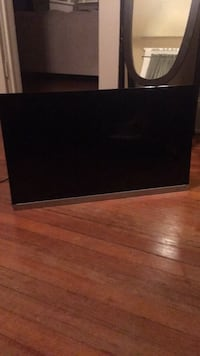 Toshiba 32in  flat screen tv with remote Shreveport, 71104