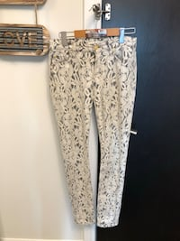 Beautiful Women's Pants Vaughan, L4J 0G8