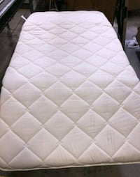 Twin size mattress pillow