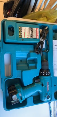 Makita Cordless Drill  read info first Deer Park, 11729