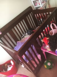 baby's brown wooden crib Columbia, 21045