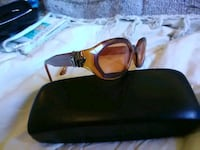 black framed sunglasses with black lens Surrey, V4N 0G6