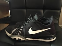 Nike runners size 7
