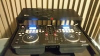 Dj Controller with black case like new!!!! Suitland-Silver Hill