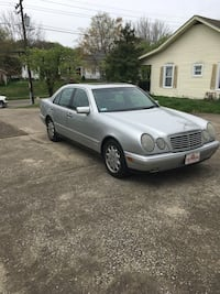 Mercedes - e320 - 1996 New Albany