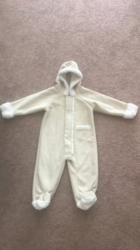 12 month winter suit Fur Lined Great Falls, 59405