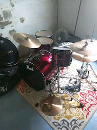 Pearl Forum Drum Set 461 mi