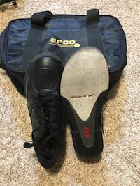 Bowling shoes youth  excellent condition Cambridge, N1R 7G3