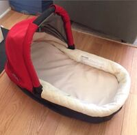 Baby's red and white bassinet Brampton, L6Y 0K3