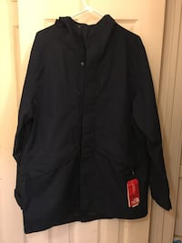 New Men's size large North Face rain/trench coat