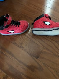 Light up spider man shoes  Calabash, 28467