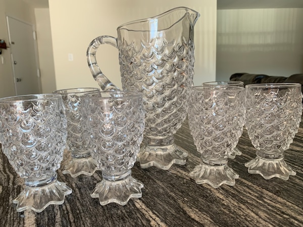 pineapple shape water pitcher with 6 glasses 6931c696-03c8-4167-9354-f33f5f9921cc