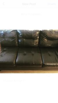Black Leather Sectional Couch  Cambridge, N3H 5C7