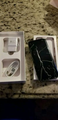 Like new Galaxy S8 plus with box Mission, 78572