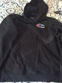 Champion hoodie EUC  Barrie, L4M