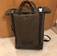 black and gray travel luggage 紐約, 11354