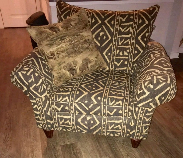 Havertys Arm Chair