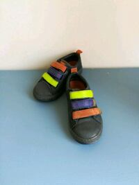 Campers toddlers shoes size 26
