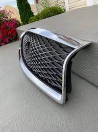 14-17 Infiniti q50 sedan front chrome grille Orchard Hills, 21742