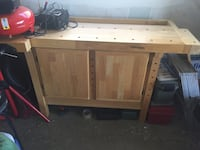 Brown wood cabinet/workbench Romeoville, 60446
