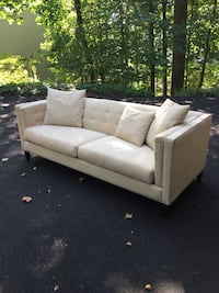 Couch Ramsey, 07446