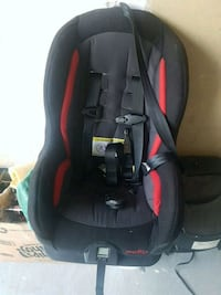 baby's black and red car seat Brampton, L6R 1X1