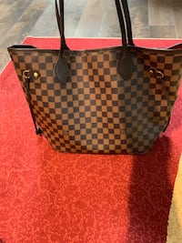LV handbag Burlington, L7P 1E6