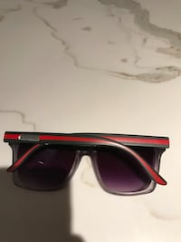 Unisex Gucci glasses  Pickering, L1V 1K7