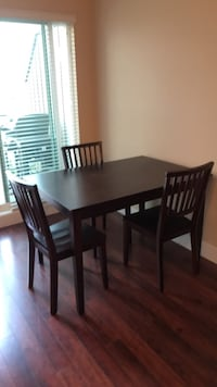 Brown table and 3 chairs  Langley, V3A 3C7