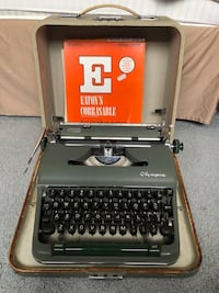 Vintage Olympia Portable Typewriter With Green Case Bayonne, 07002