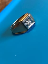 10K gold diamond ring  Mississauga, L5B 3P7