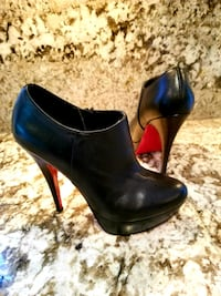 Like Christian louboutin.. Red bottom shoes Burnaby, V5A 4A5