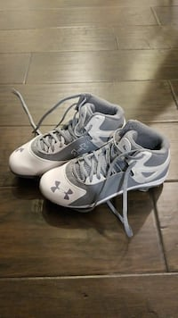 Brand new baseball cleats Under Armour 3.5Y