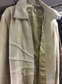 Suede leather coat size 16 new in tan. Green Bay wis Allouez, 54301
